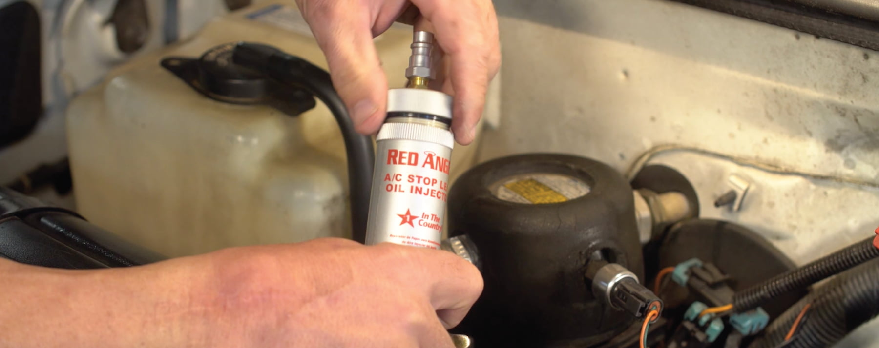 Red Angel Oil Injector