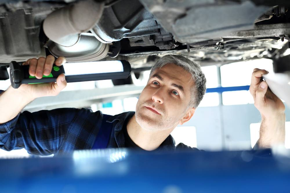 Learn how to diagnose and fix hydraulic fluid leaks from the auto pros at BlueDevil Products